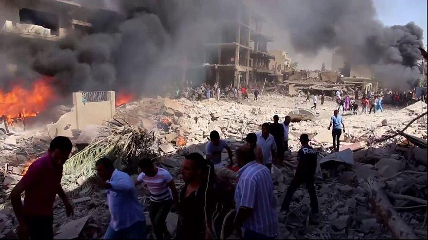 Medio centenar de muertos tras un ataque del EI en una ciudad siria de mayoría kurda