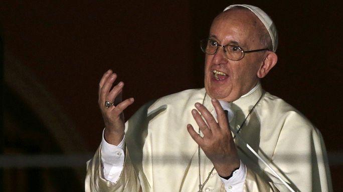 Papa Francis'ten teröre ve göçmen karşıtlığına tepki