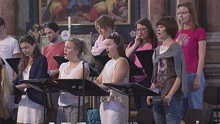 Instrumentos e vozes afinadas para festival de Salzburgo