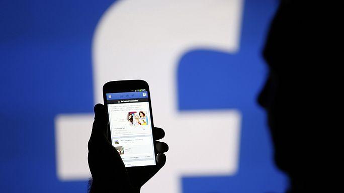 Facebook yükselişini tam hız sürüdürüyor