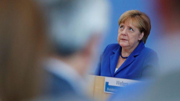 المؤتمر الصحفي للمستشارة الألمانية انجيلا ميركيل و زيارة وزير خارجية بريطانيا الى باريس، ابرز الإهتمامات الأوروبية ليوم الخميس الثامن و العشرين من تموز يوليو 2016
