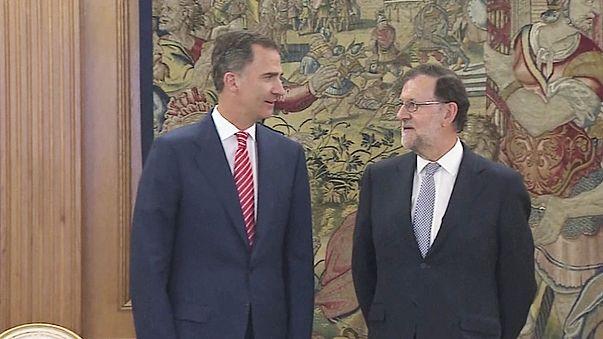 Spagna: il premier uscente Rajoy accetta dal re l'incarico di formare un governo