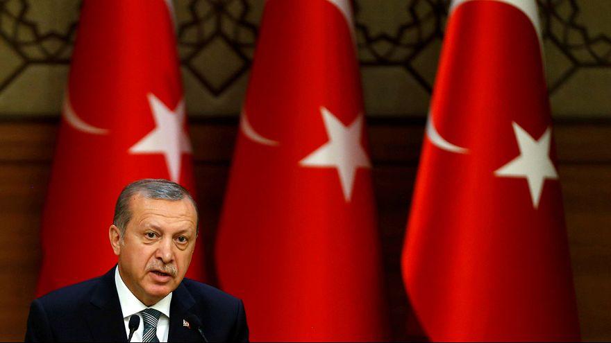 Németország elítéli a török tisztogatást