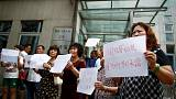 China: familiares dos desaparecidos do voo MH370 protestam
