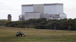 El nuevo gobierno británico aplaza la firma para los reactores nucleares de Hinkley Point a otoño