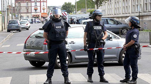 Франция: провал властей, приведший к теракту