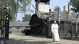 Ferenc pápa: a kegyetlenség nem ért véget a náci haláltáborokban