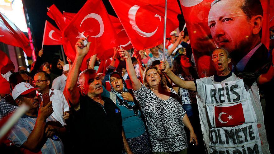 Tumult um Erdogan-Demo in Köln - 30.000 sollen kommen