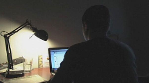 İskoçya: İnternette çocuk istismarına büyük operasyon