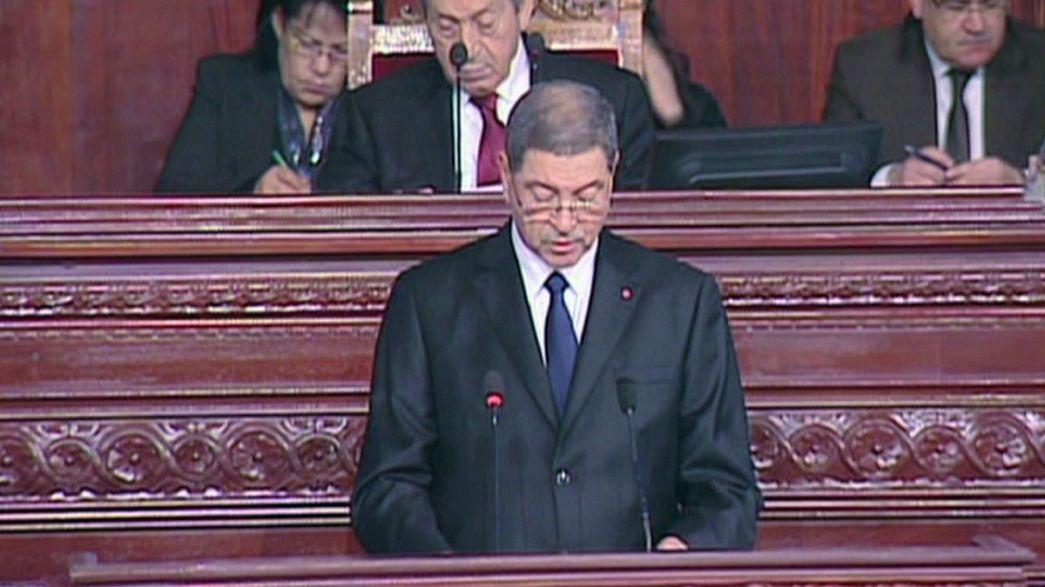 البرلمان التونسي يحجب الثقة عن حكومة الحبيب الصيد