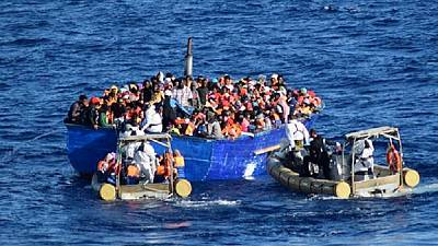 Nearly 1000 migrants rescued in one day near Lampedusa island