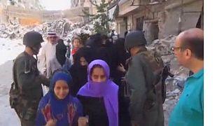 Syrie : le régime de Damas évacue les populations d'Alep