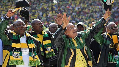 """Zuma s'en prend au """"parti des Blancs"""""""