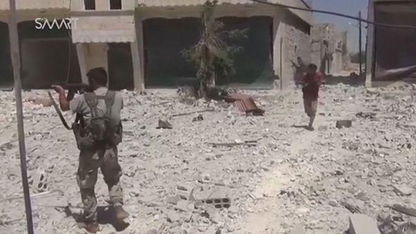 Importante ofensiva de la insurgencia y la oposición siria en el sudeste y norte de Alepo