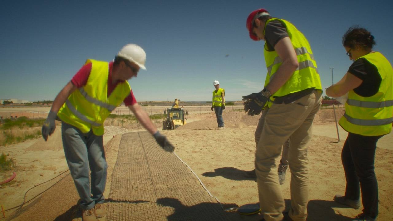 Fibra óptica para prevenir deslizamientos de tierra y terremotos