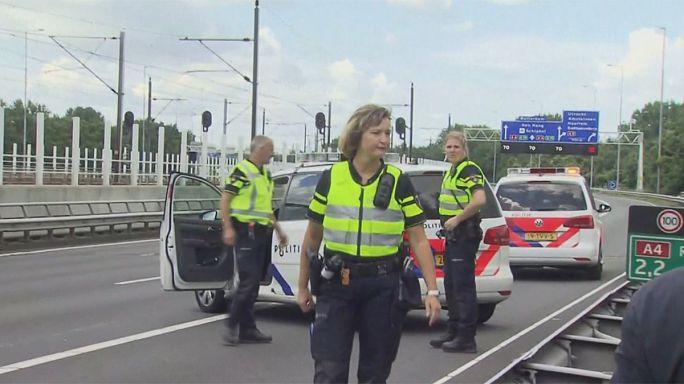 Hollanda'da 'terör eylemi' paniği