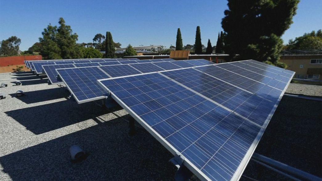 Tesla SolarCity'i bünyesine kattı