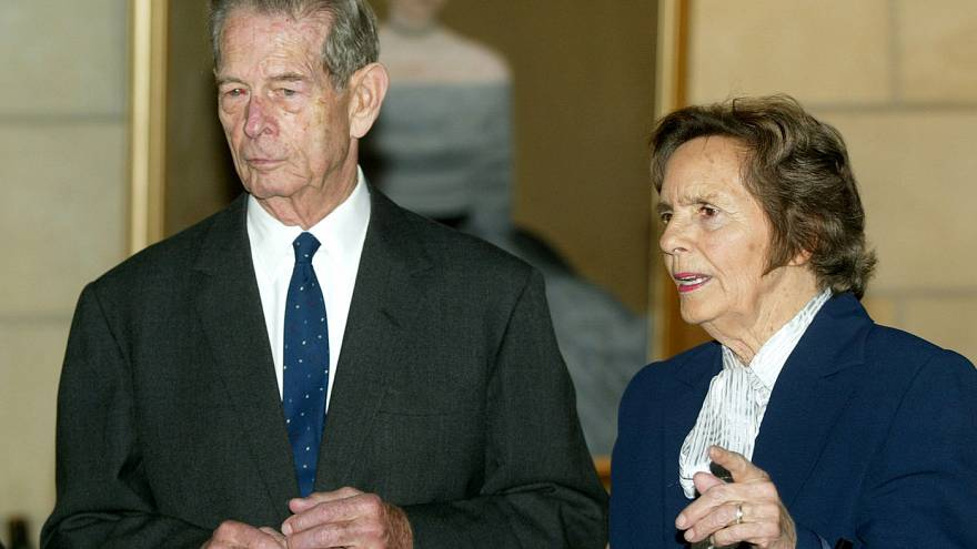 Former Queen Anne of Romania dies at 92
