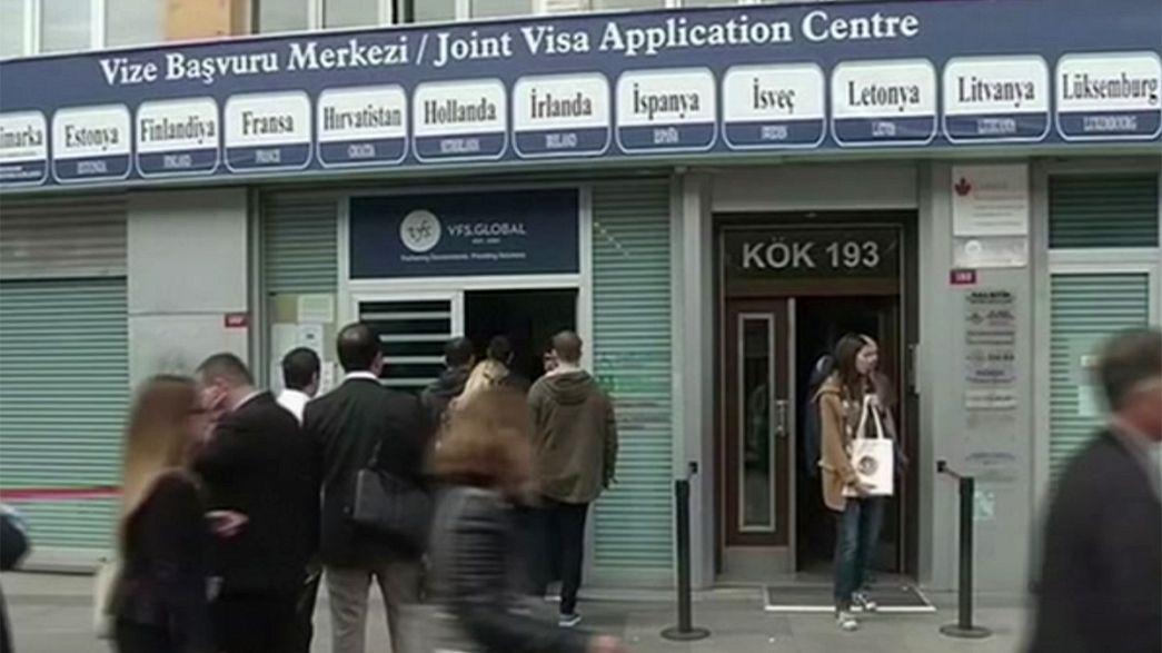 ألمانيا تقول إنها ترفض ابتزاز تركيا بشأن محادثات تأشيرات الدخول