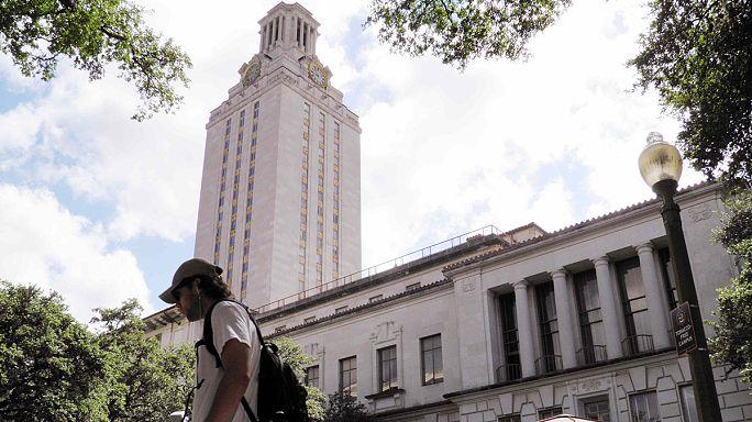 Hétfőtől fegyvert lehet hordani a texasi egyetemeken