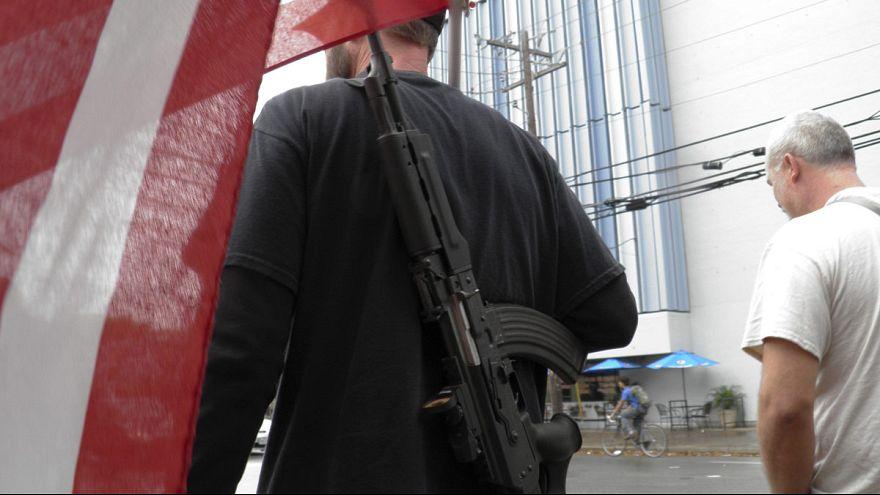Entra el vigor la ley que permite llevar armas en las universidades públicas de Texas