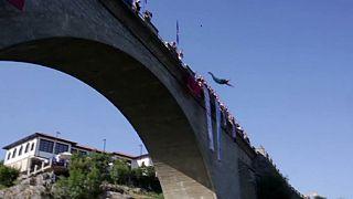 Kosova'da yüksek dalış yarışması