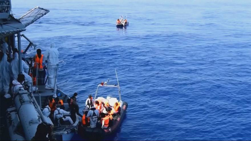 Guarda Costeira italiana resgata no mar Mediterrâneo mais de 1800 migrantes no início da semana
