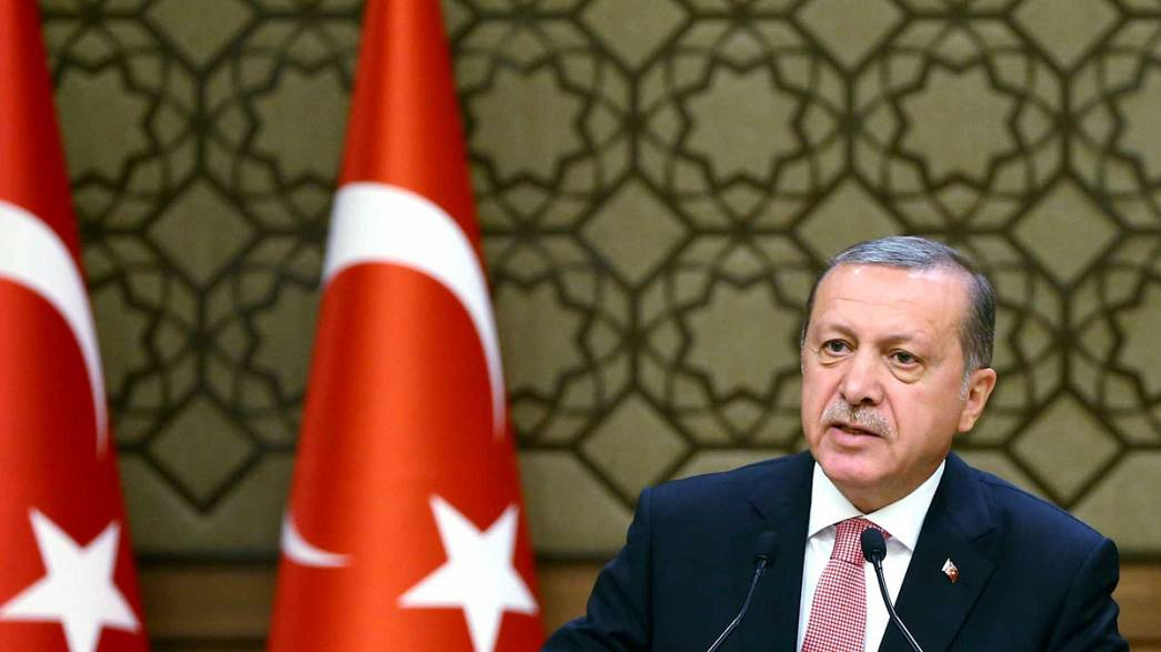 Президент Турции обвинил Запад в поддержке терроризма