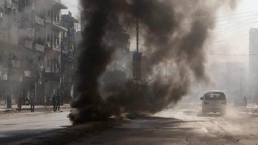 """Síria: avanços na conquista de Manbij ao Daesh e """"ataques de gás"""" em Sarareq"""