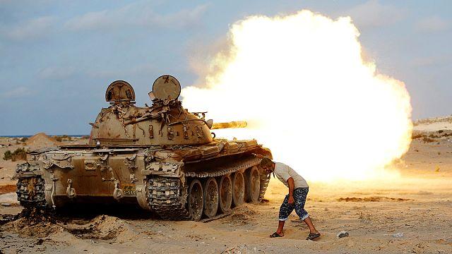 Ливия: в боях за Сирт задействованы ВВС США