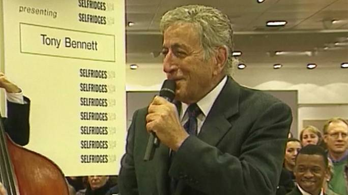 Singer Tony Bennett celebrates 90th birthday