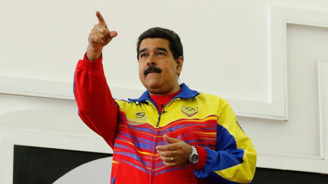 مادورو يعين وزير داخلية جديد ويؤكد فوزه في الاستفتاء المنتظر