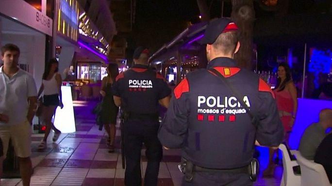 Неудачная шутка немецких туристок вызвала панику на испанском курорте