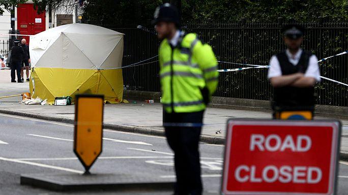 Őrült késelhetett London belvárosában
