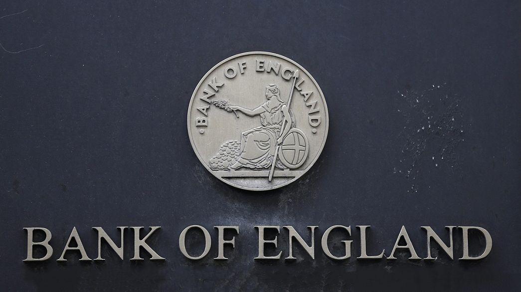La Banca d'Inghilterra taglia dello 0,25% i tassi d'interesse