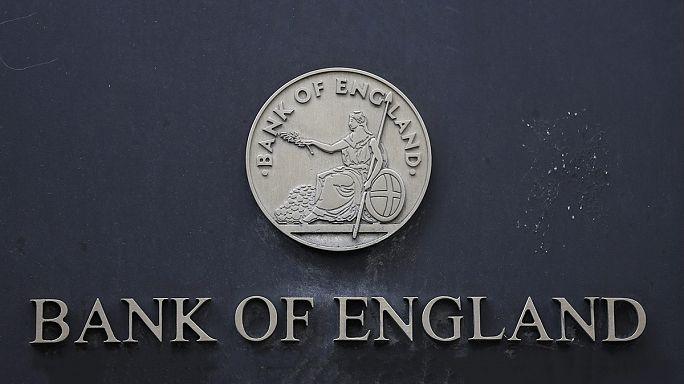 Banco de Inglaterra desce taxas de juro para o mínimo de sempre de 0,25%