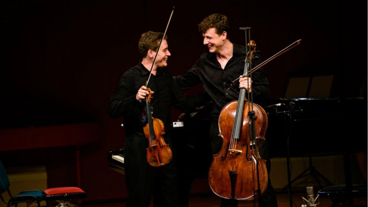 Ennyi Stradivari egy helyen még soha nem volt