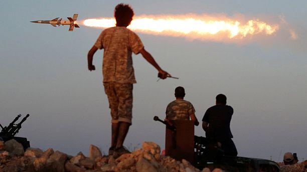 القوات الليبية تقترب من استعادة مدينة سرت بمساعدة القوات الاميركية