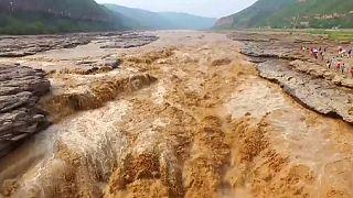 Китай: завораживающая мощь воды