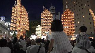 Festival de bambú y faroles en Japón