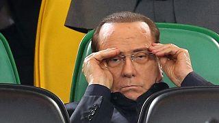 برلسكوني يوافق على بيع نادي ميلانو لصينيين