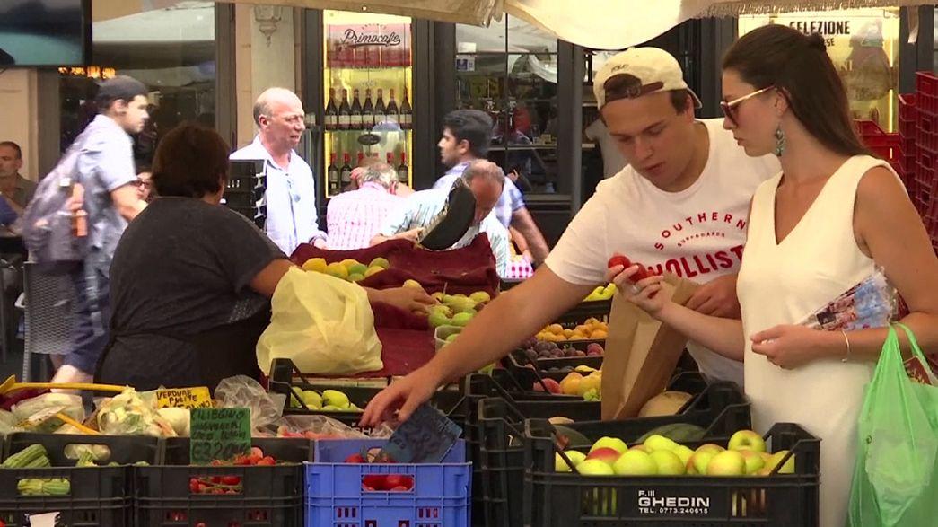 Лучше отдать бедным. Италия не хочет выбрасывать продукты