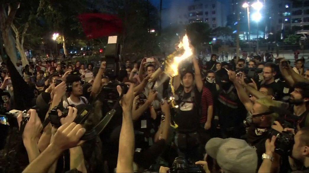 Бразилия: протесты в день открытия Олимпиады