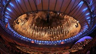 Rio welcomes the world in spectacular Olympic opening ceremony
