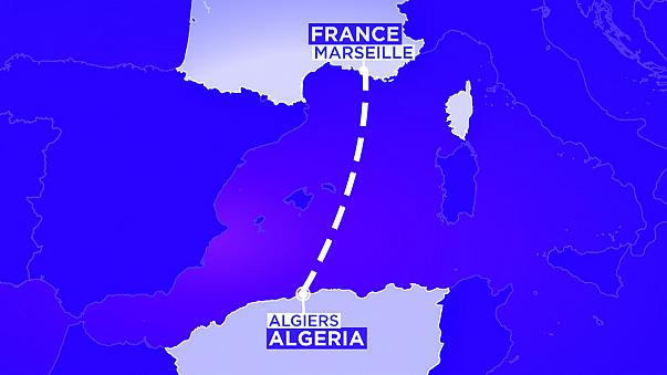 Un avión de Air Algerie aterriza en Argel después de desaparecer de los radares