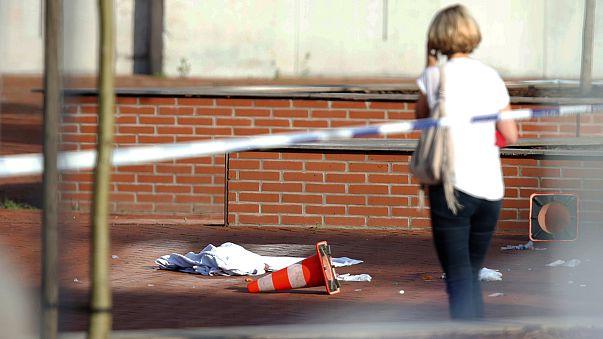 بلجيكا: هجوم لرجل مسلح بساطور على شرطيتين في شارلوروا