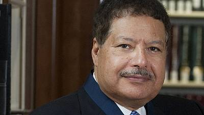 Remains of Egyptian Nobel laureate Zewail arrive in Cairo ahead of funeral