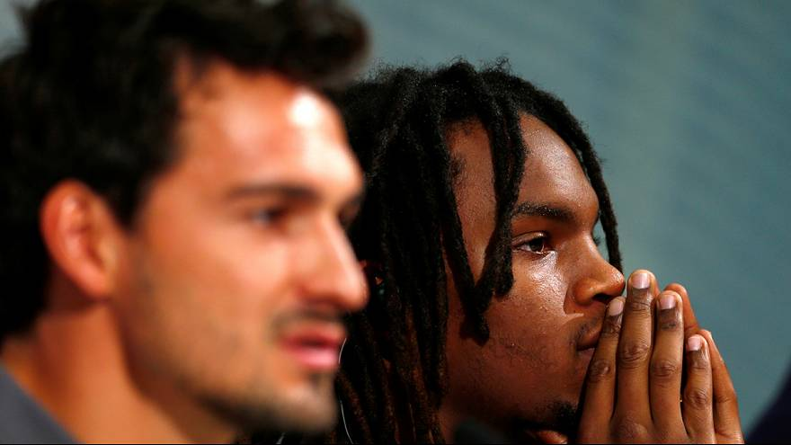 Hummels and Sanches unveiled at Bayern Munich