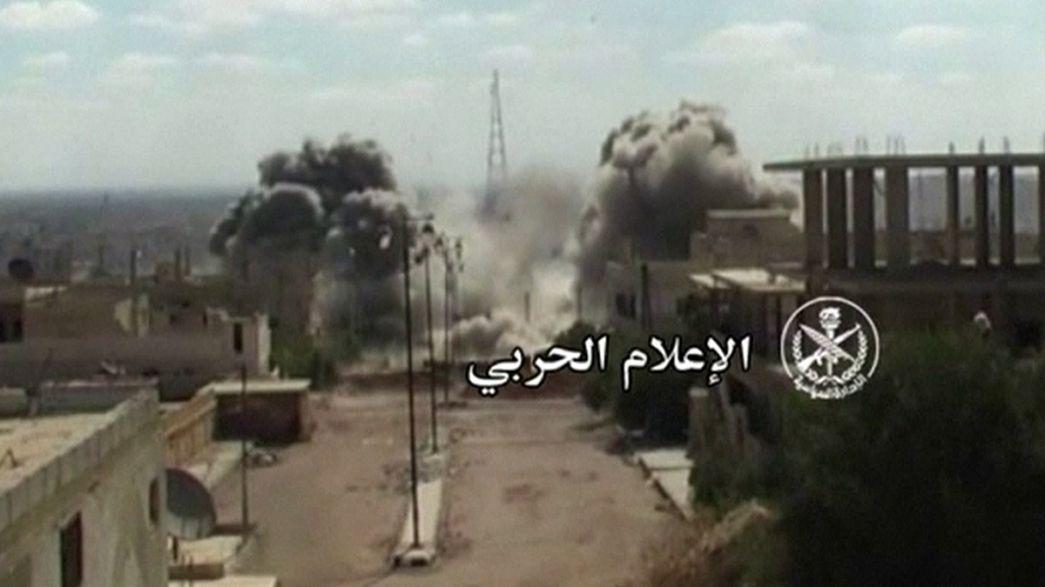 Halep'te muhaliflere hava saldırısı