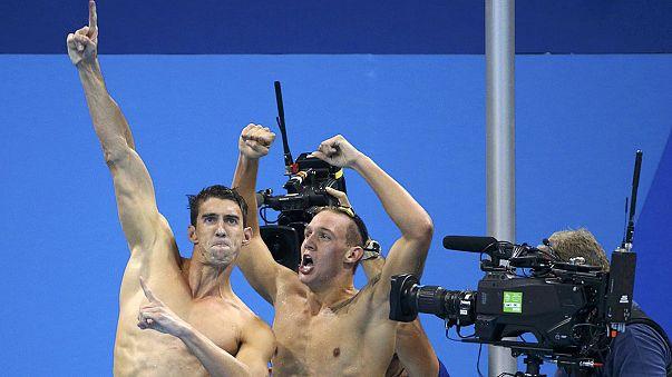 Michale Phelps festeggia il suo 19esimo oro olimpico